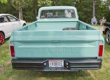 1968年Chevy卡车水色蓝色背面图 免版税库存照片