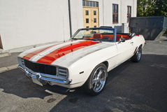 1969年Chevrolet Camaro正式开路车 免版税图库摄影