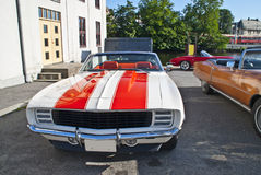 1969年Chevrolet Camaro正式开路车 库存图片