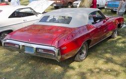 1972红色Buick Skylark 库存图片
