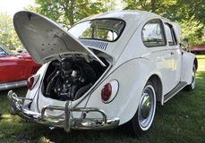 1976 White Volkswagen Beetle Royalty Free Stock Images