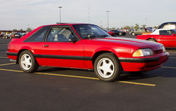 1989年Ford Mustang GT斜背式的汽车 图库摄影