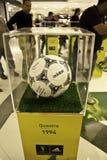 1994年FIFA世界杯的球在美国 库存照片