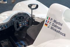 1999 bmw汽车f1 lmr种族v12 库存图片