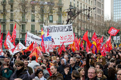 19F - le maire syndicats organisent la protestation massive dans le bar Photo libre de droits