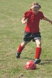 1b域女孩足球 免版税图库摄影
