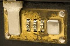 2个公文包锁定 库存图片
