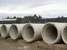 2个具体管道下水道 库存图片
