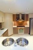 2个厨房现代没有 库存照片