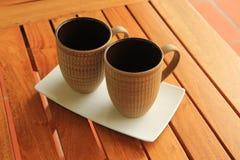 2个咖啡杯 免版税库存照片