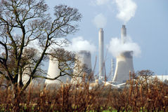 2个国家(地区)发电站 免版税库存照片