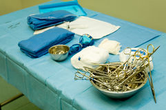 2个外科工具 免版税库存图片