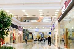 2个大厅购物 库存照片