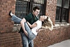 2个夫妇年轻人 免版税库存照片