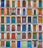 2个巴塞罗那门前西班牙卷 库存图片