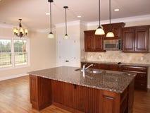 2个海岛厨房豪华 免版税库存照片