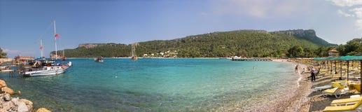 2个海滩月光 免版税库存照片