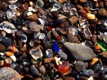 2个海滩玻璃 免版税库存照片