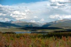 2个湖山 免版税库存图片