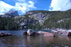 2个湖山 免版税库存照片