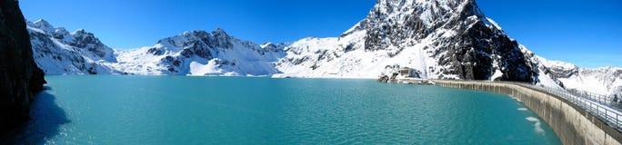 2个湖山 免版税图库摄影