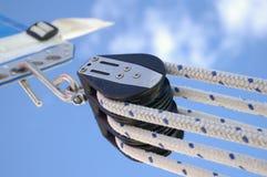 2个滑轮绳索 免版税库存照片