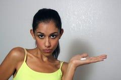 2个美丽的化妆水多种族妇女年轻人 图库摄影