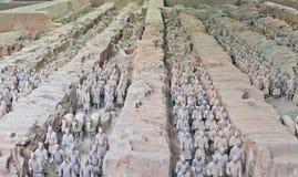2个赤土陶器战士 免版税库存图片