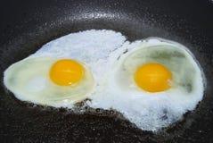 2个鸡蛋 免版税库存图片