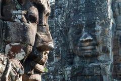 2个bayon表面寺庙塔 免版税库存图片