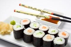 2个maki寿司差异 免版税库存照片