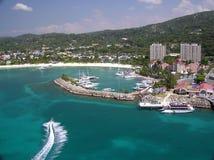 2乐趣牙买加喷气机ocho rios滑雪 免版税图库摄影