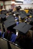 2人群毕业 免版税库存照片