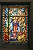 2位天主教徒玻璃被弄脏的视窗 库存图片