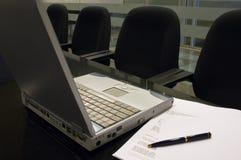 2内部办公室 免版税图库摄影