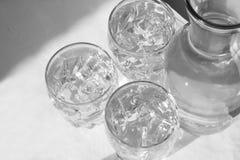 2冷静自然水 免版税库存图片