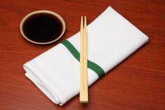 2双筷子餐巾 库存照片