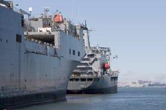 2只货船 免版税库存图片