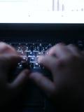 2台膝上型计算机夜班 免版税库存照片
