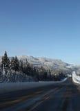 2向冬天的北部路 库存照片