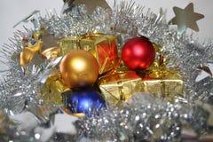 2圣诞节presnts 免版税库存照片
