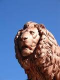 2头狮子雕象 库存照片