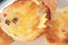 2小圆面包交叉热 库存照片
