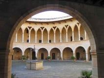 2座城堡庭院 免版税图库摄影