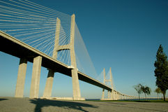 2座桥梁da gama瓦斯考 库存图片