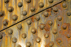 2座桥梁grunge生锈的钢纹理 免版税库存照片