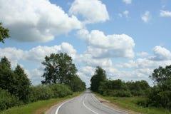 2朵云彩天空方式 免版税图库摄影
