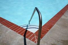2架梯子池游泳 库存图片