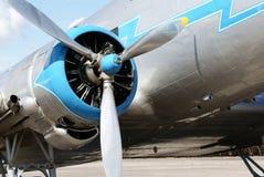 2架飞机历史锂lisunov推进器 库存图片