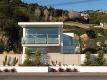 2现代的房子 免版税库存照片